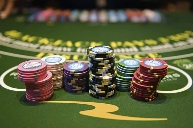 Play Poker At These Discounted Online Casinos